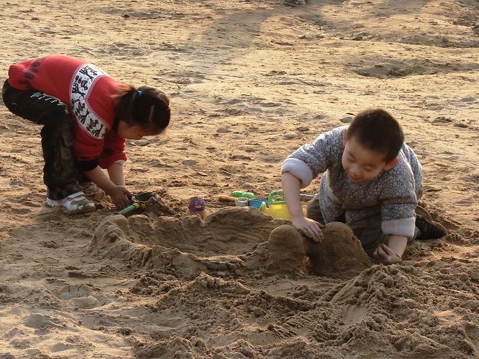 童年趣事●玩泥巴 - 守望者 - 守望者