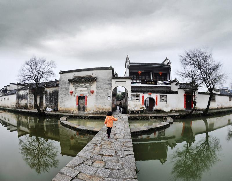 宏村水上风景手绘
