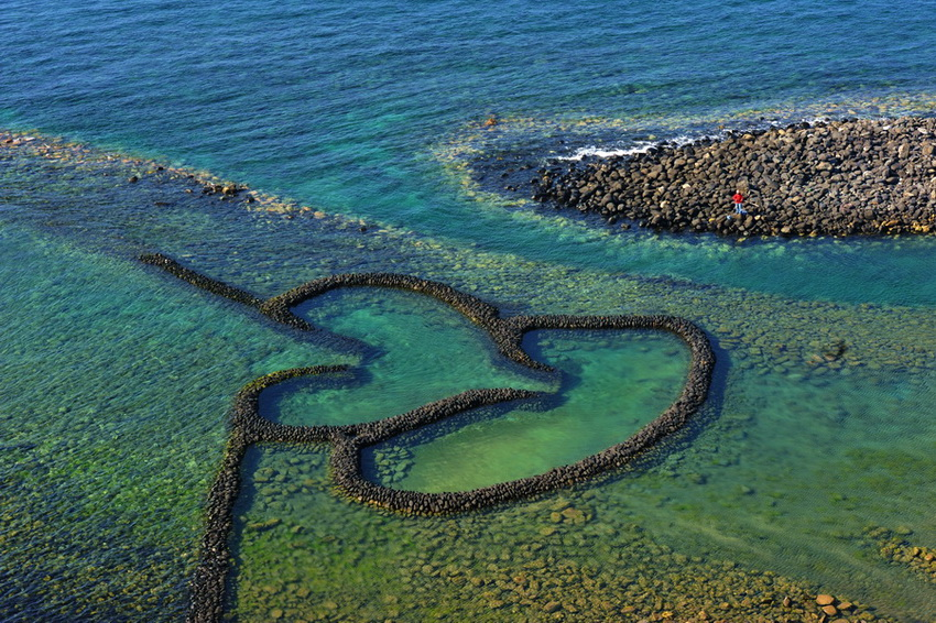 澎湖列岛——七美岛双心石