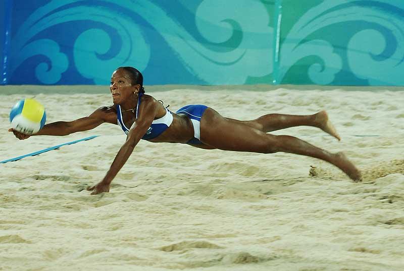 奥运女子沙滩排球比赛 车坛影协 高清图片