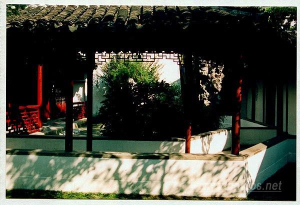 苏州园林---廊下光影