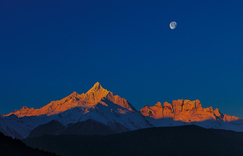 西藏雪山高清壁纸