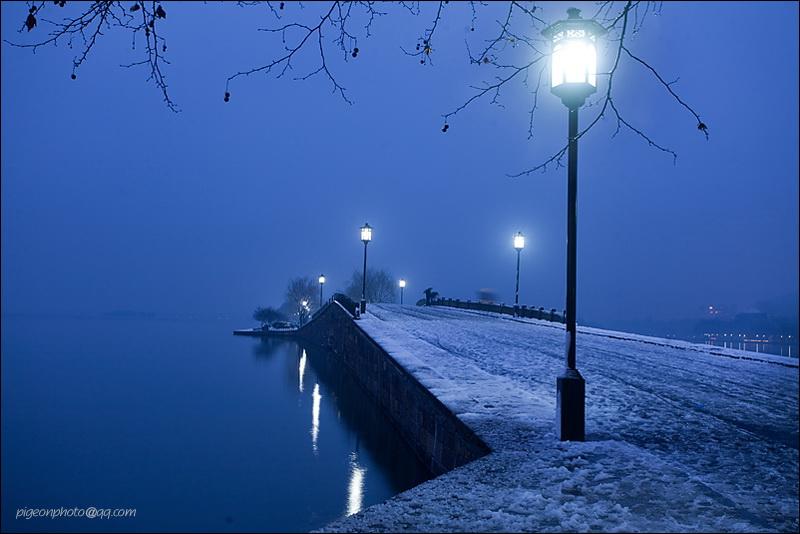 √断桥残雪