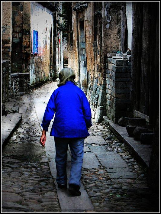 qq街道背影头像