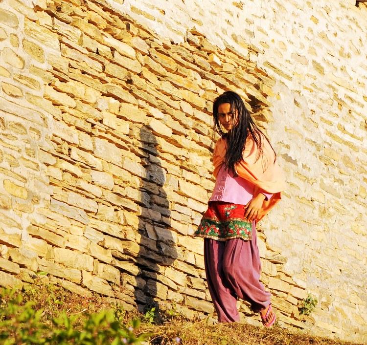 行摄尼泊尔 乡村少女