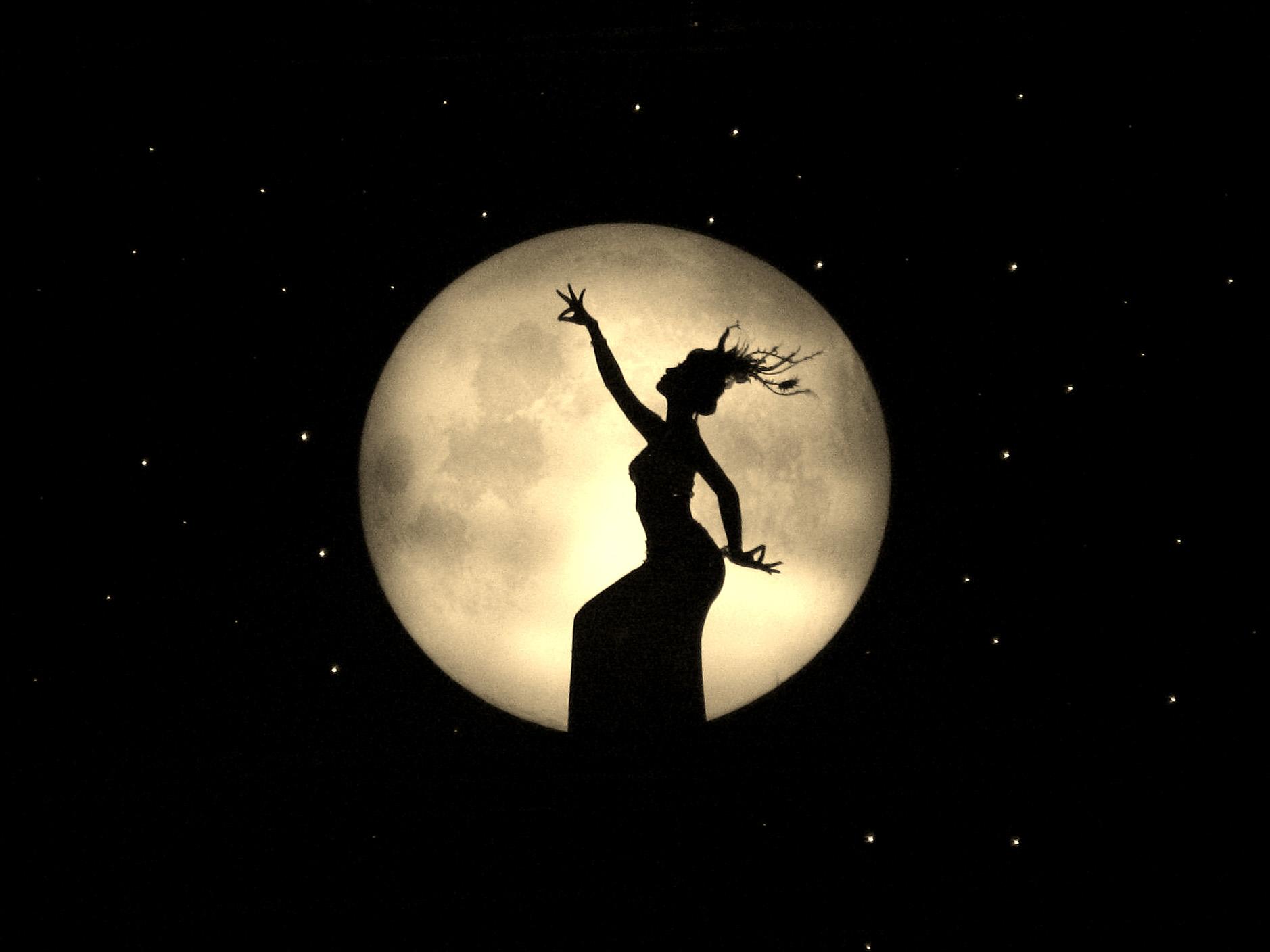 嫦娥奔月简笔画高清