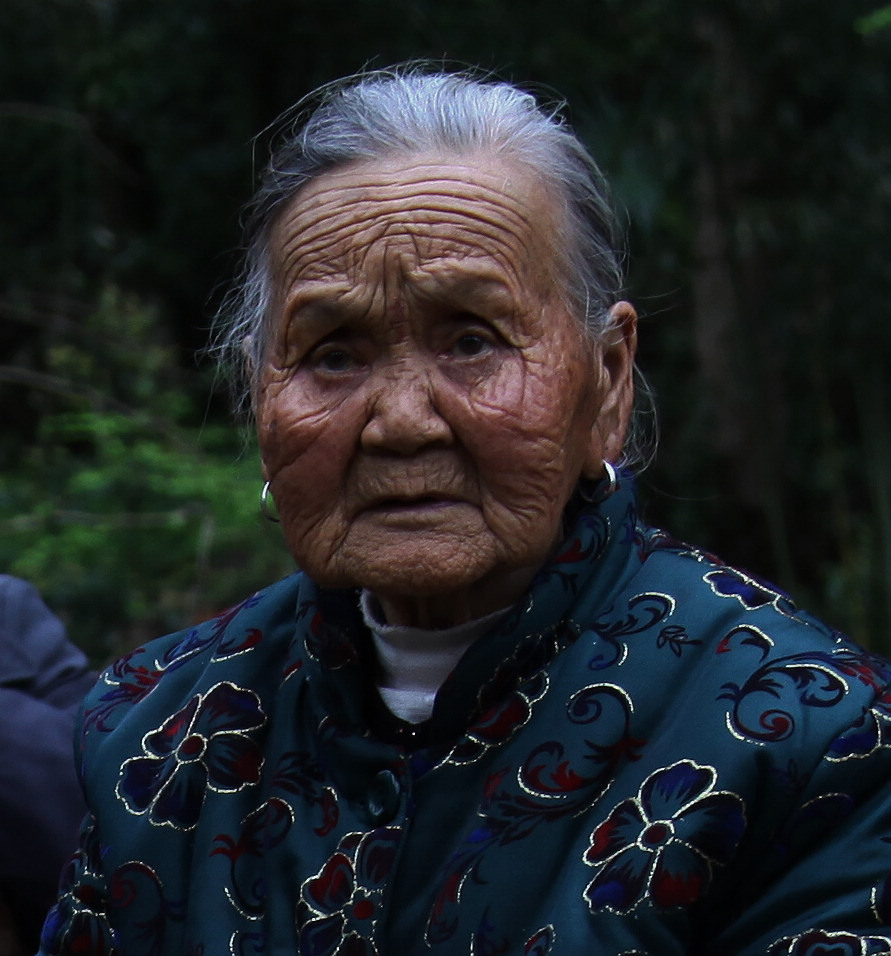老年人头像摄影