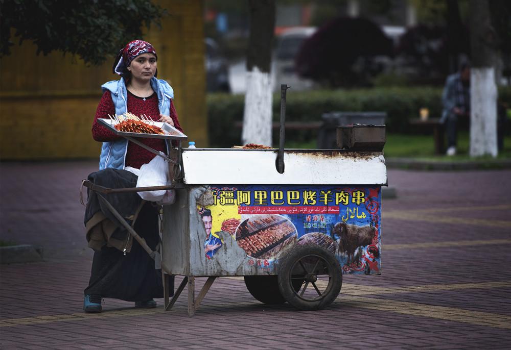 新疆女人��i&�f�x�_√新疆女人