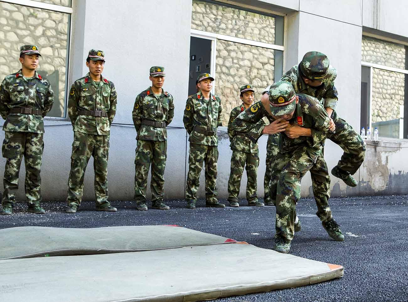边防部队训练--被动擒敌2
