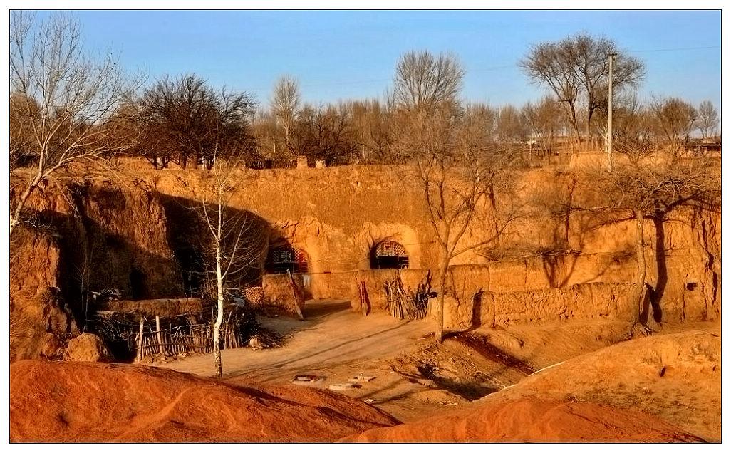 土窑洞——黄土高原上的民间艺术