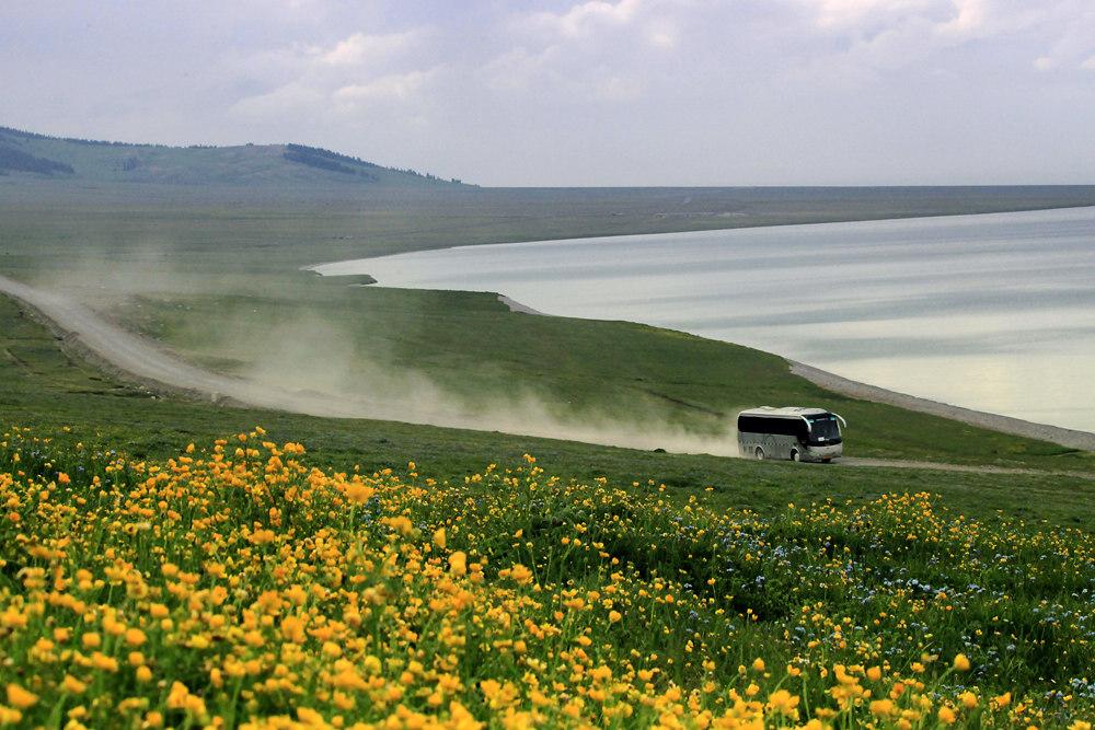 新疆风光-美丽的赛里木湖
