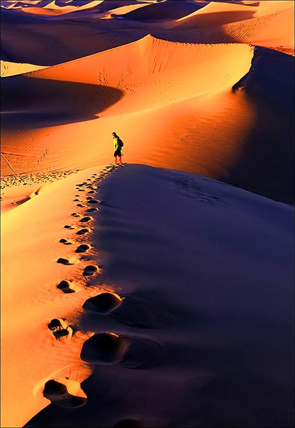 背景 壁纸 风景 沙漠 天空 桌面 600_869 竖版 竖屏 手机
